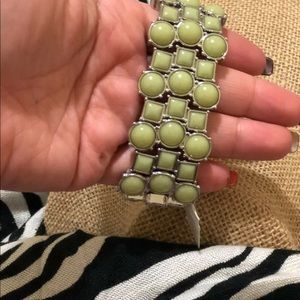 Lia Sophia Nee bracelet Strechy